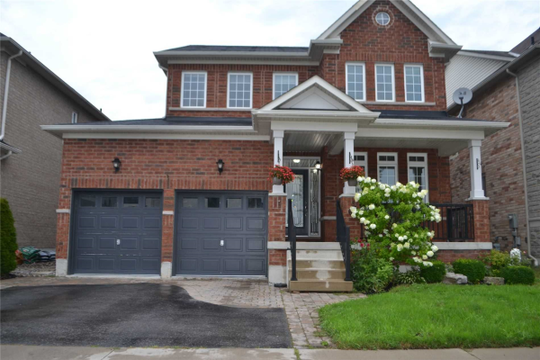 4 Sleepy Hollow Pl, Whitby