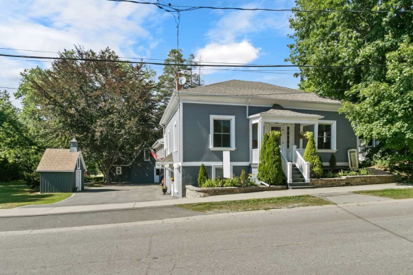 42 Cassels Rd E, Whitby