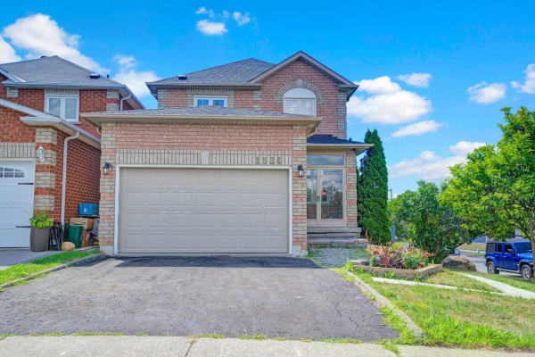 1534 Seguin Sq, Pickering