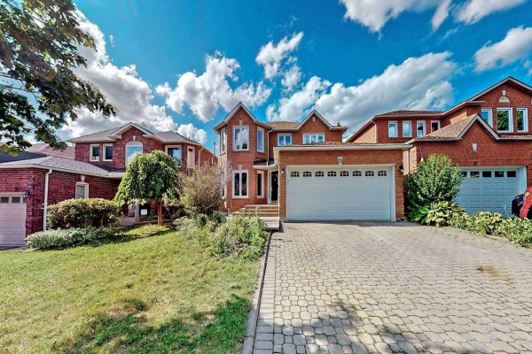 15 Hunter Dr, Ajax