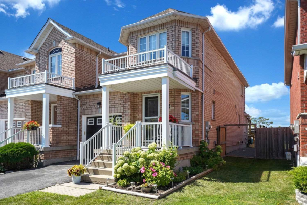 73 Rich Cres, Whitby