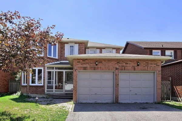 291 Waterford Gate, Pickering
