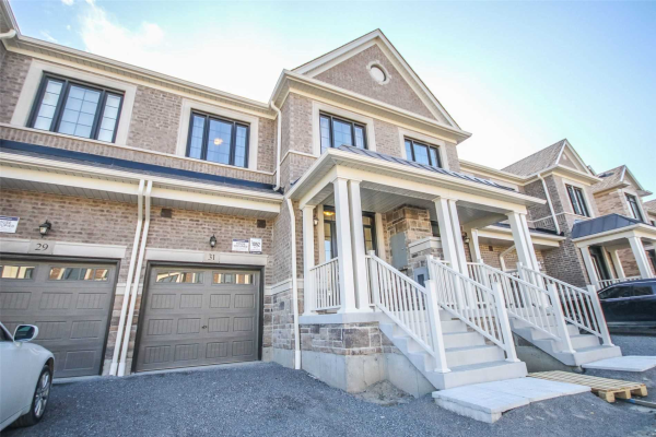 31 Louise Cres, Whitby