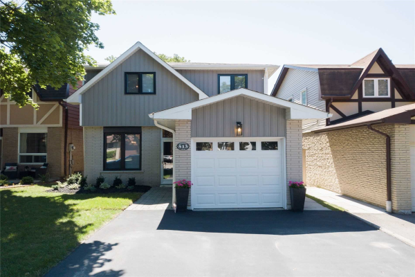 513 Creekview Circ, Pickering