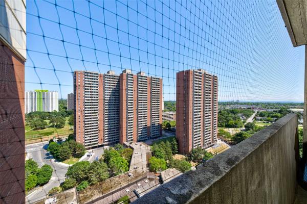 5 Massey Sq, Toronto