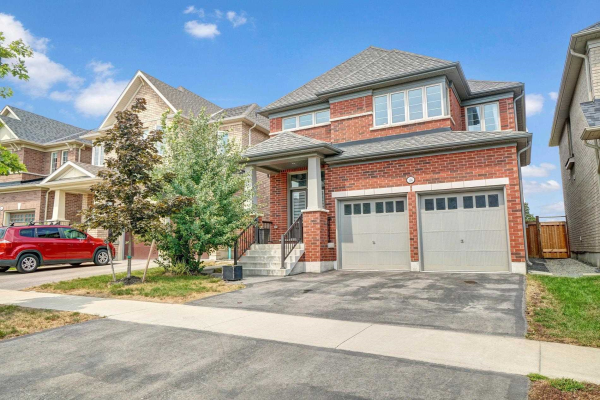 136 Dance Act Ave, Oshawa