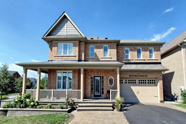 40 Northern Dancer Dr, Oshawa