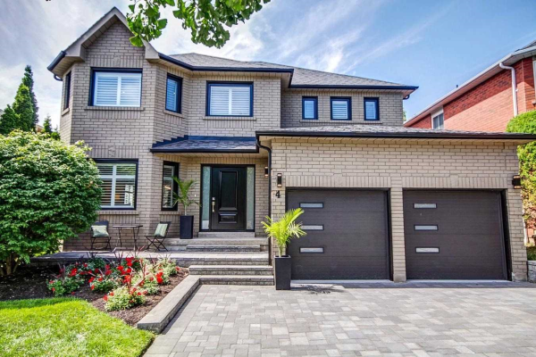 4 Limestone Cres, Whitby