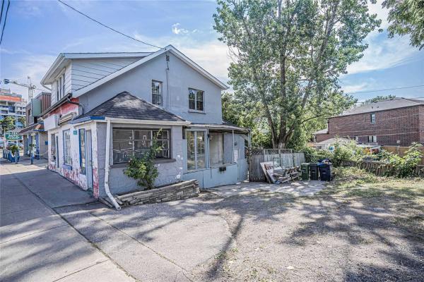 2759 Kingston Rd, Toronto