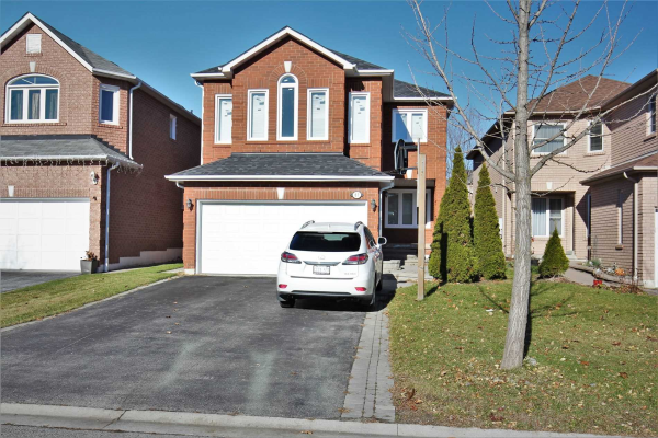67 Parnell Cres, Whitby