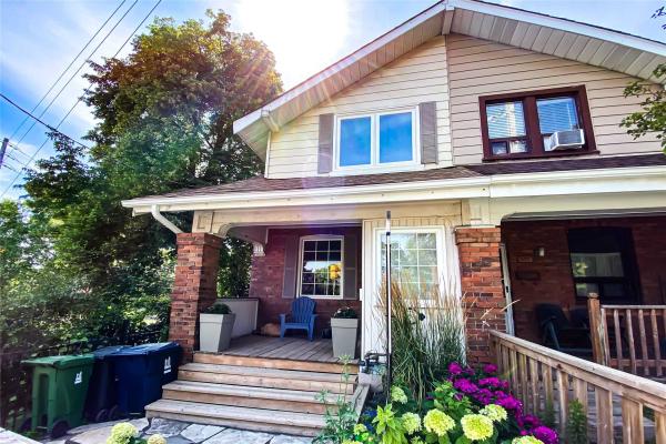 568 Woodbine Ave, Toronto