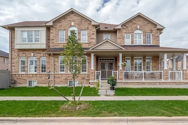 1603 Brandy Crt, Pickering