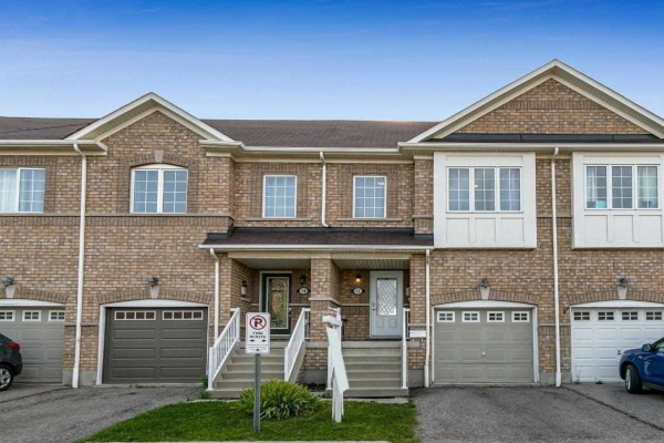 12 Arbuckle Way, Whitby