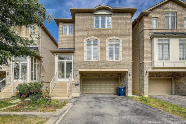 5 Tom Wells Cres, Toronto