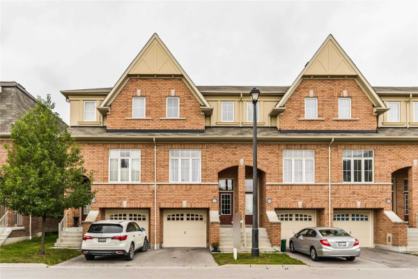 26 Burtonbury Lane, Ajax