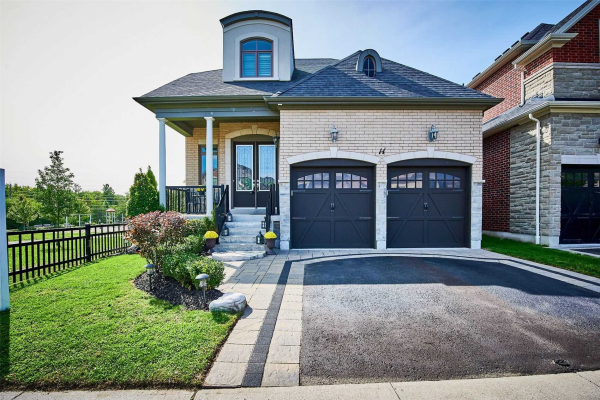 14 Coach Cres, Whitby