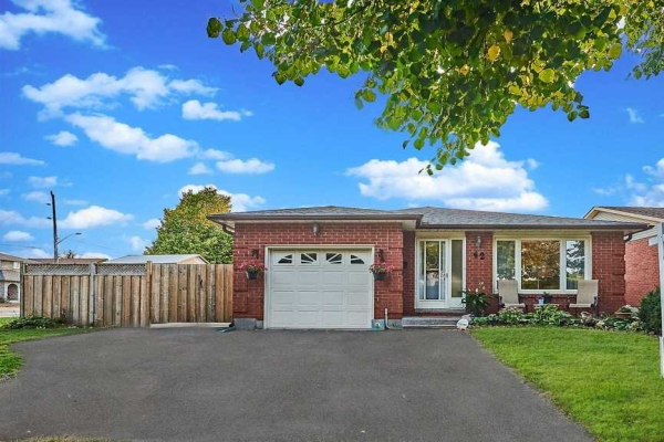42 Centerfield Dr, Clarington