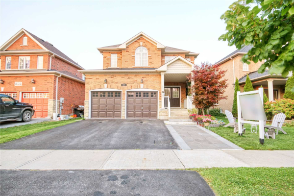 187 Robert Adams Dr, Clarington