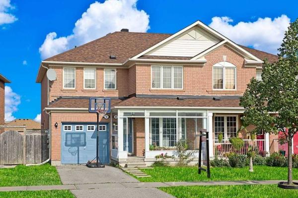 14 Hyacinth Cres, Toronto