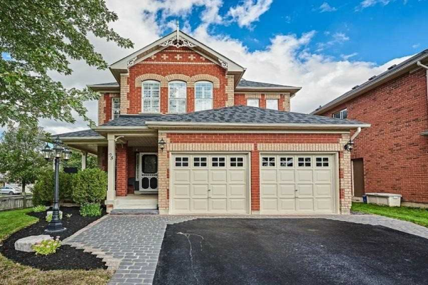 98 Downey Dr, Whitby