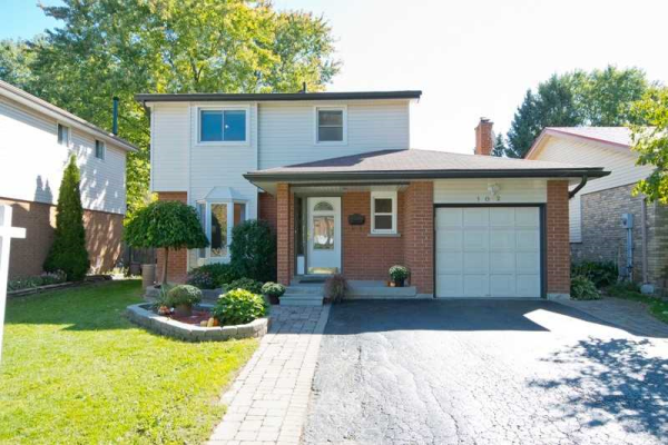 102 Muir Cres, Whitby