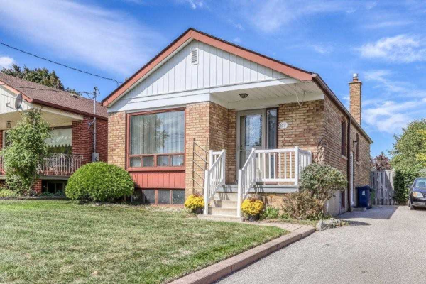 89 Marble Arch Cres, Toronto