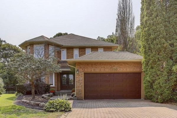 1030 Rouge Valley Dr, Pickering