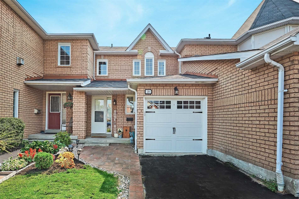 29 Creekwood Cres, Whitby