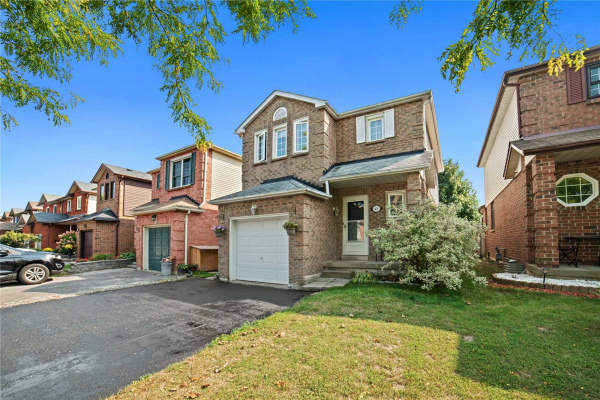 45 Turnberry Cres, Clarington