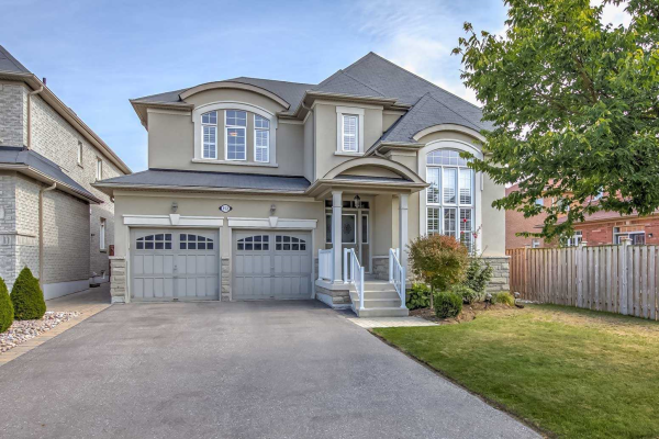 152 Rivers Edge Pl, Whitby