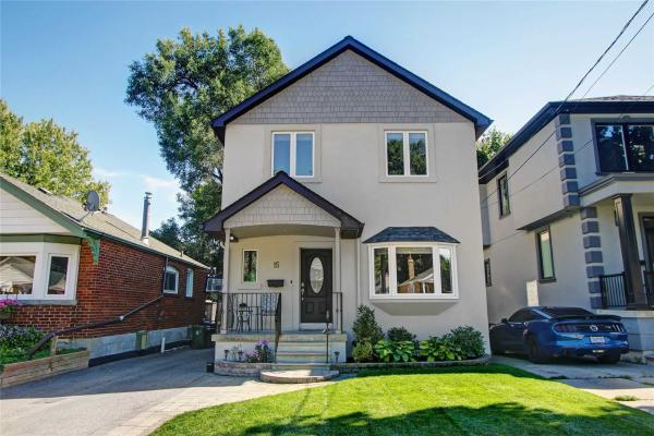 15 Rhydwen Ave, Toronto
