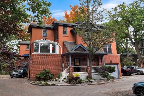 55A Benlamond Ave, Toronto