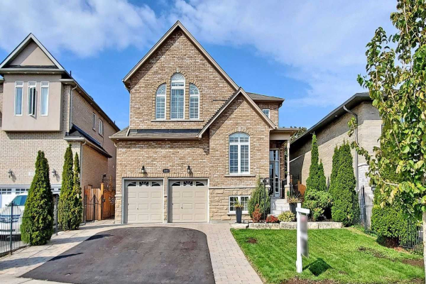 1024 Colonial St, Pickering