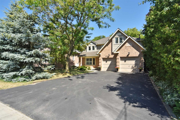 328 Sheppard Ave, Pickering