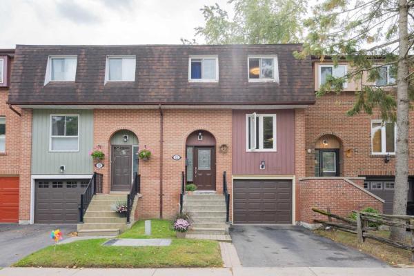 4662 Kingston Rd, Toronto