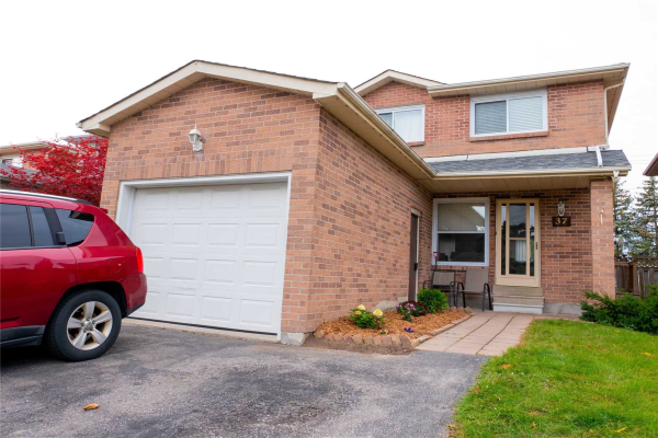 37 Woodward Cres, Ajax