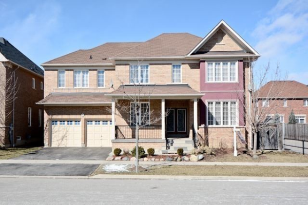 16 Weston Cres, Ajax