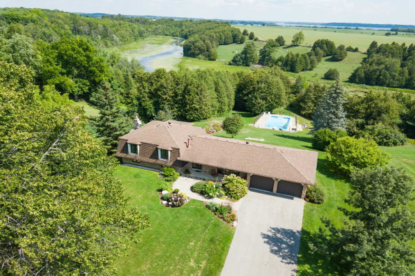 19 Meadow Green Crt, Scugog