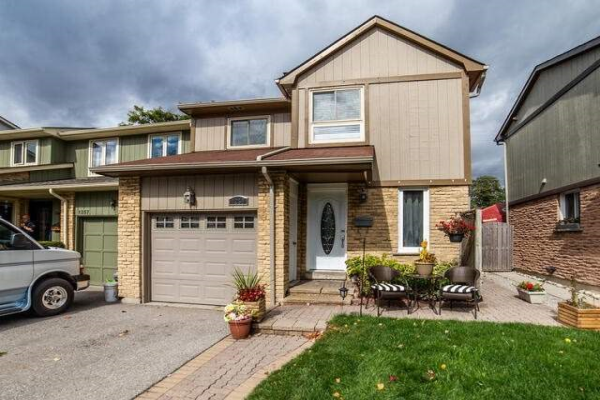 1255 Canborough Cres, Pickering