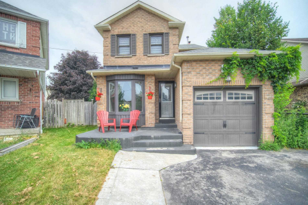 830 Red Maple Crt, Whitby