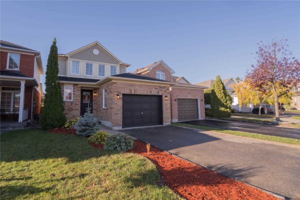 45 Monk Cres, Ajax