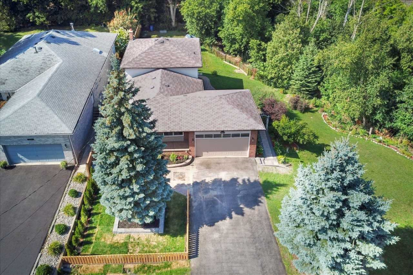 364 Sheppard Ave, Pickering