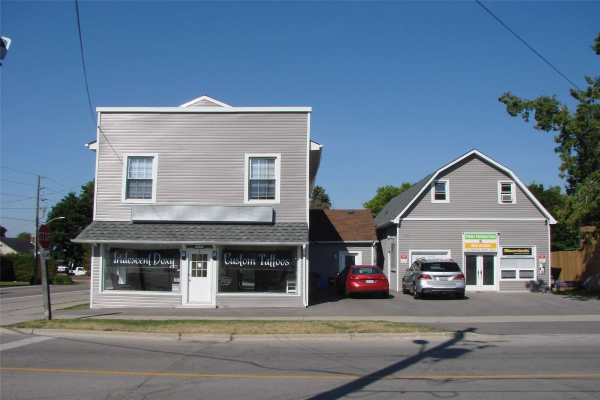 1692 Central St, Pickering