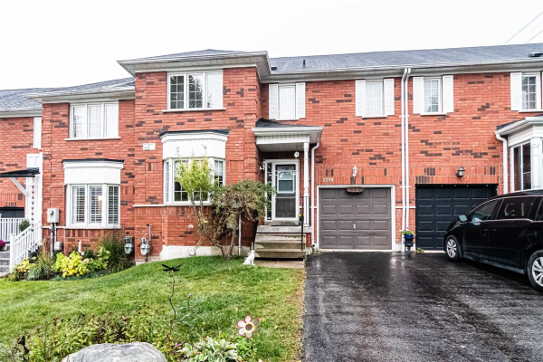 2394 Clearside Crt, Pickering