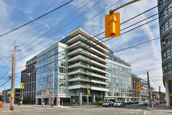 1190 Dundas St E, Toronto