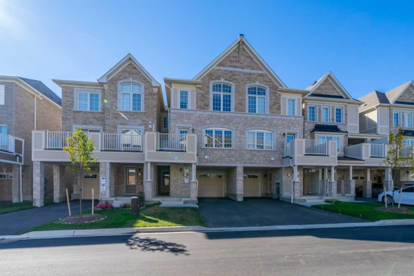 2499 Fall Harvest Cres, Pickering