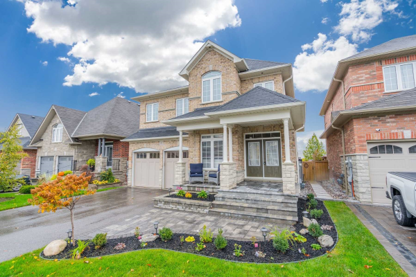 41 Nathan Ave S, Whitby