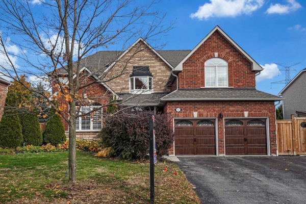 11 Catherwood Lane, Clarington
