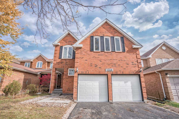 1660 Middleton St, Pickering