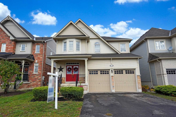 102 Bons Ave, Clarington